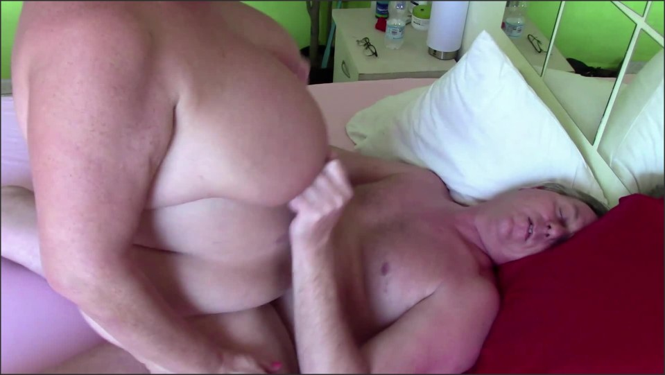 [Full HD] Filled Her With A Thick Creampie  - Dutchies4Fun - -00:09:40 | Old, Milf, Chubby - 229,6 MB
