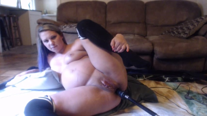 Easygoing 8Months Pregnant Anal Pleasure Pt1