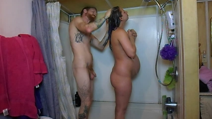 Easygoing Hubby Showers Pregnant Wife Shaving