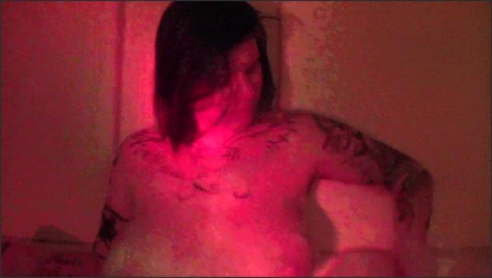 [HD] Bath Time Smoke Tease - Elle Hell - - 00:07:44 | Verified Amateurs, Bath, Amateur - 111,3 MB