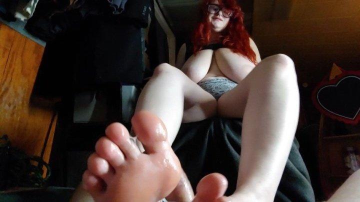 [Full HD] Erisdionysus The Cum Between My Toes - ErisDionysus - ManyVids - 00:08:03 | Big Boobs, Feet - 794,5 MB