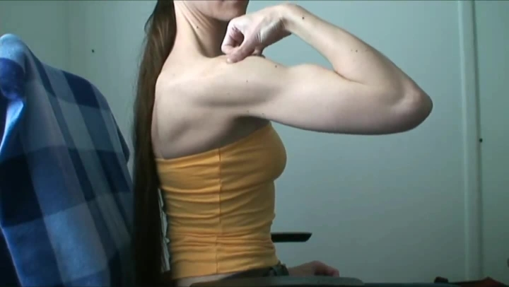 Erotic Eva Muscle Worship Flexing Biceps Shoulders