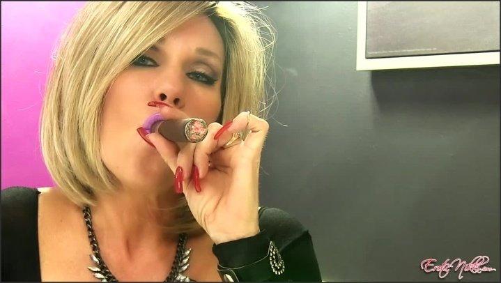 [HD] Eroticnikki I Like Big Ones - EroticNikki - Amateur - 00:13:11 | Size - 394,5 MB