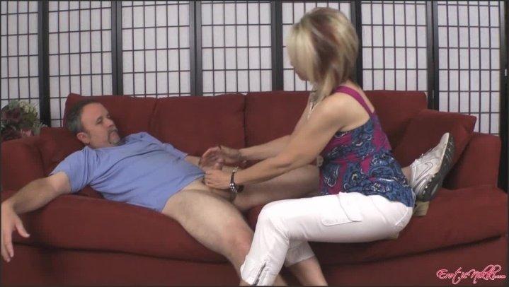 [HD] Eroticnikki Negotiating - EroticNikki - Amateur - 00:04:20 | Size - 152,9 MB