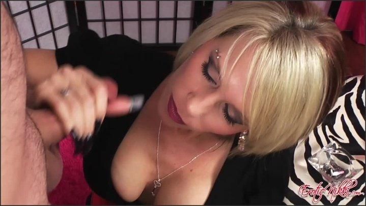 [HD] Eroticnikki Smoking Cum - EroticNikki - Amateur - 00:09:00 | Size - 490,8 MB