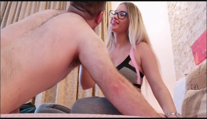 Mature milf gets armpits licked by weirdo