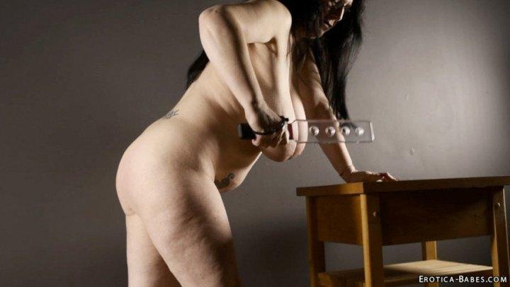 [SD] Eroticababes Sabrina Jade Clear Spank  - EroticaBabes - ManyVids - 00:07:41   Big Tits, Erotic Nude - 141,6 MB