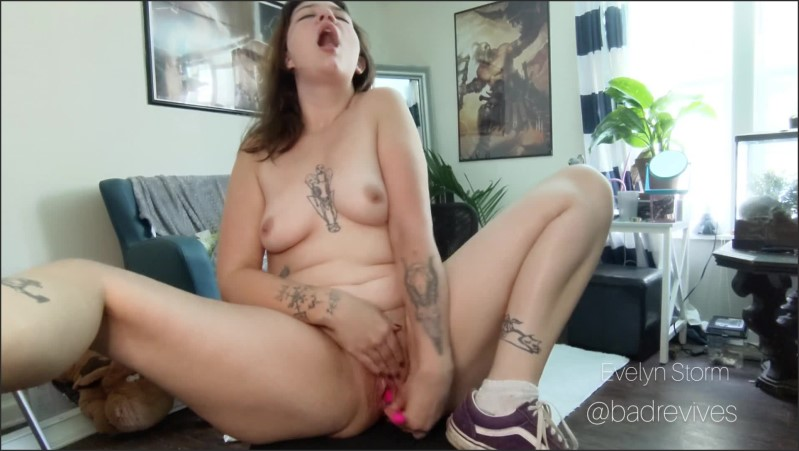 [Full HD] Sloppy Tit Play Fingerfucking And A Huge Squirt - Evelyn Storm - -00:12:22 | Teen, Amateur, Squirt - 234,8 MB