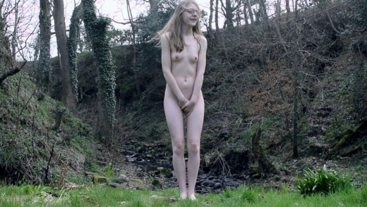 Ffezine Desperate For A P-- P-- Nude Outdoors