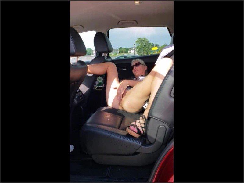 [Full HD] Spread Open And Cumming In Public - Fantasymilf67 - -00:08:30 | Tattooed Women, Exclusive, Orgasm - 124,6 MB