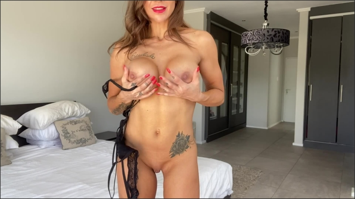 [Full HD] Sexy Valentines Day Lingerie Strip Tease By Hot Milf Hd - Filthy Milfy - - 00:10:10 | Strip Tease, Fetish - 181,3 MB