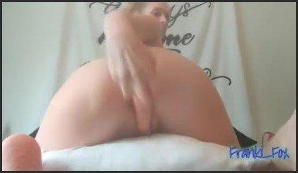 [LQ] Pillow Humping Leads To Dildo In The Ass Full Video - Franki Fox - -00:10:50 | Big Tits, Masturbation - 21,9 MB