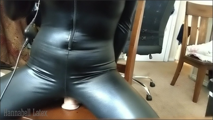 [Full HD] Dirty Talking Shaking Orgasms As I Ride Grind Gag Drool On Huge Toys - HannaBell Latex - - 00:07:32   Solo Female, Saliva Fetish, Painful Toys - 368,5 MB