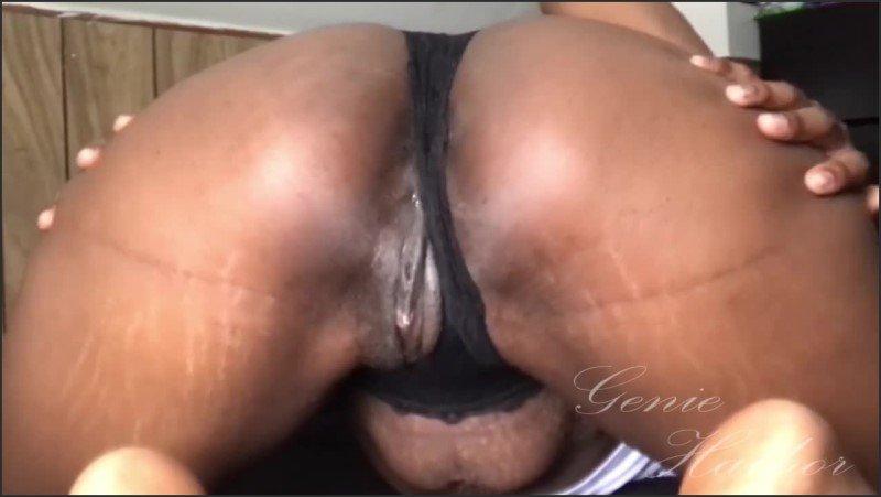 [HD] Ebony Sexy Strip Tease And Pussy Play - GenieHathor - -00:06:08 | Masturbation, Butt, Ebony Wet Pussy - 63,4 MB