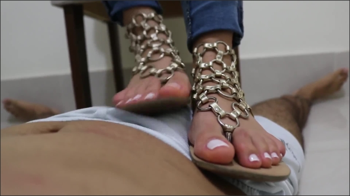 [Full HD] Goddess Jmacc Goddess Jmacc After Cleaning With The Tongue I Want To Dry My Sandal - Goddess JMACC -  - 00:09:51   Teenager, Verified Amateurs - 173,5 MB