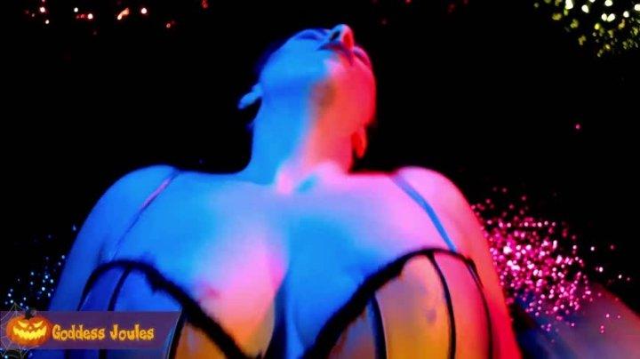 [Full HD] Goddess Joules Opia Supreme Femininity Gender Transformation - Goddess Joules Opia - ManyVids - 00:09:11 | Transformation Fetish, Halloween, Transformation Fantasies - 870,6 MB