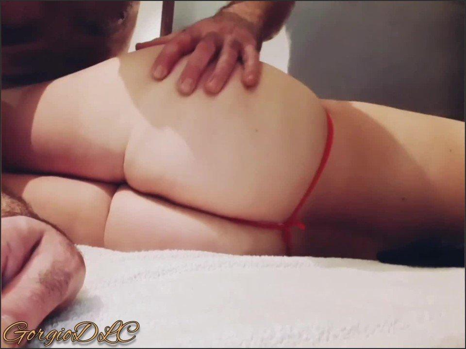 [Full HD] Attach E Sur Le Lit Je La Rend Folle Avec Son Vibro Et Fini Entre Ses Fesses  - GorgioDLC - -00:07:45 | Ass, Sexy Milf - 108,8 MB