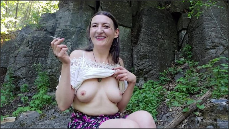 [HD] Inhale 35 Smoking Fetish And Urban Nudism By Gypsy Dolores - Gypsy Dolores - -00:08:18 | Smoking Cigarette, Brunette - 101,9 MB