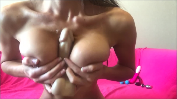 [Full HD] Sexy Slut Fuck Herself With Big Toy Tittyfuck And Squirt Hard - HOTTEST Body - - 00:10:13 | Solo Female, Fetish, Kink - 165,4 MB