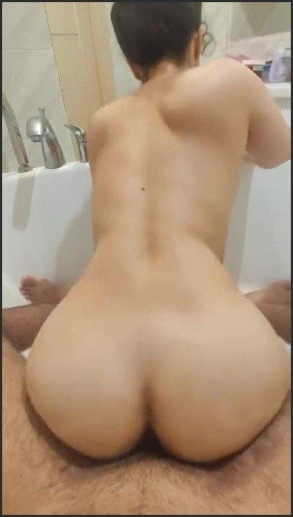 [HD] Bathtub Sex With Cum On My Hair - HerLittleSecret - -00:07:19 | Cumshot, Hairplay - 35,1 MB