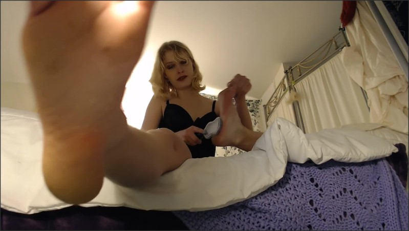 [Full HD] Foot Mistress Clean My Dirty Feet  - HoneyBays - -00:13:31 | Foot Slave, Feet, Foot Worship - 529,4 MB
