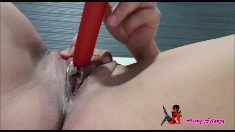 [Full HD] Sozinha Em Casa Gosta De Brincar Com O Consolo Ate Gozar Putinha Safada  - Horny Solange - -00:10:57 | Girlfriend, Female Orgasm - 328,3 MB
