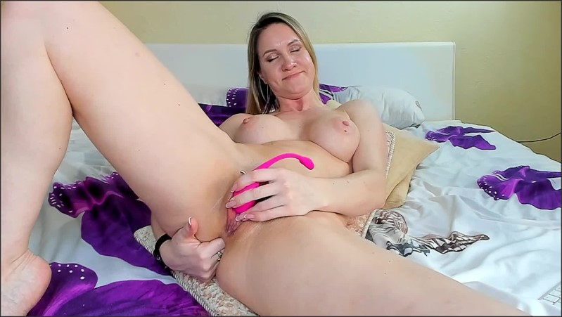 [Full HD] Milf Plays With Ass  - HotKatness - -00:09:26 | Anal Plug, Solo Female - 187 MB