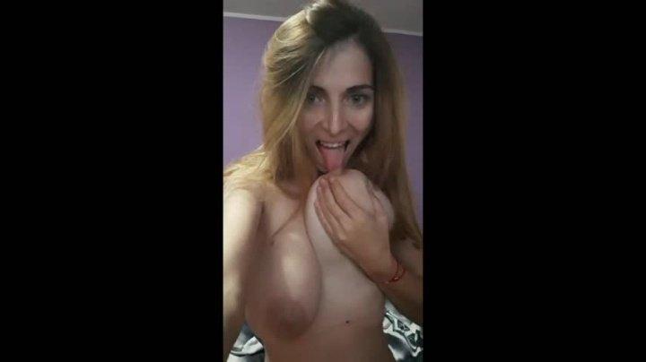 [Full HD] Hottalicia1 Teaser - Hottalicia1 - ManyVids - 00:04:05   Milf, Big Tits, Erotic Dancers - 208,3 MB