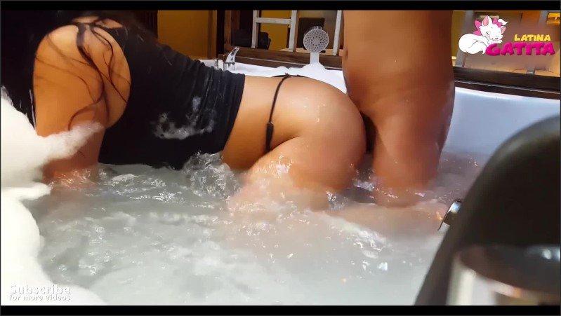 [Full HD] Venezolana Has Anal Fuck In A Jacuzzi  - I_Am_Kitty - -00:10:14 | Latin, Culos Ricos - 517,1 MB