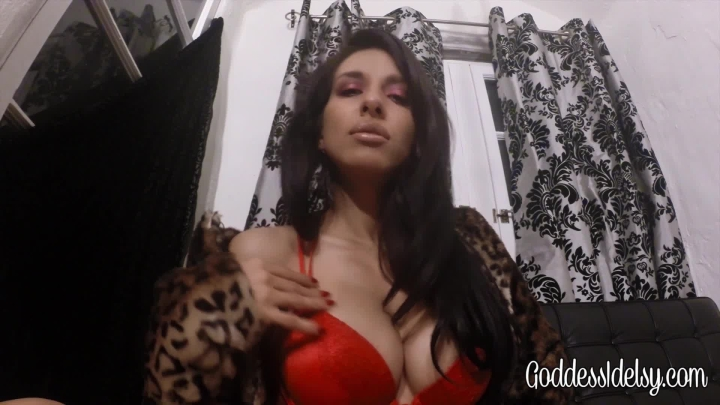 Idelsy Love Submission Training Part 1