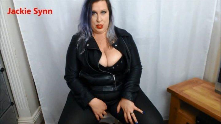 Jackiesynn Slut Mom In Leather Makes You Cum