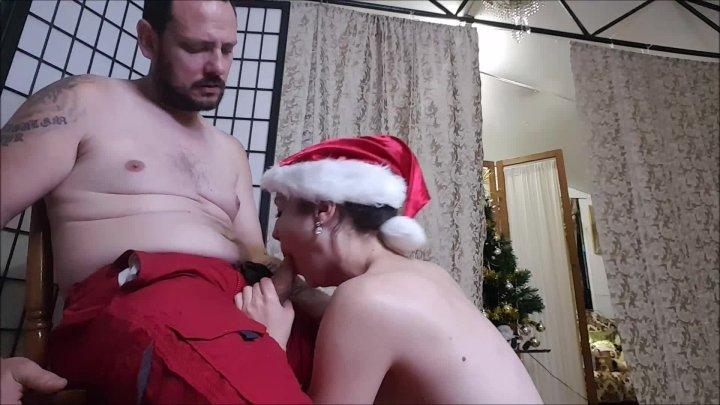 Jade Styles Santa Gets A Blowjob