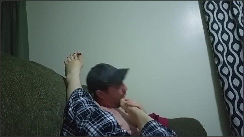 [HD] Foot Worshiping Jayna S Sexy Feet Part 2 - JaynaLove69 - -00:10:01   Foot Worship, Feet - 128 MB