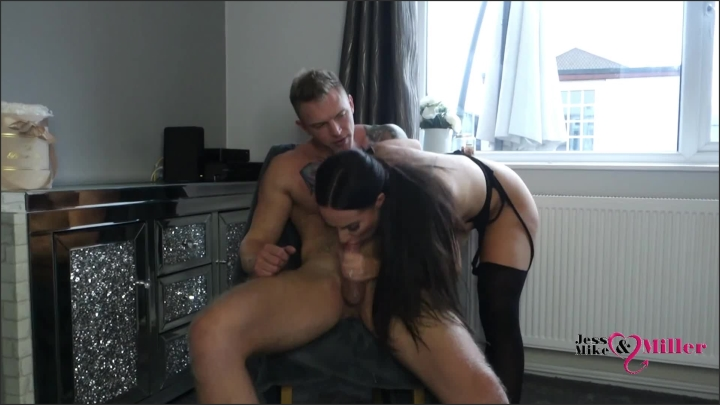 [Full HD] Jess And Mike Hot Sexy British Brunette Milf Gives Sloppy Blowjob Gags Hard On Big Cock  - Jess And Mike -  - 00:13:11 | Amateur, Blonde, Amateur Milf - 191,7 MB