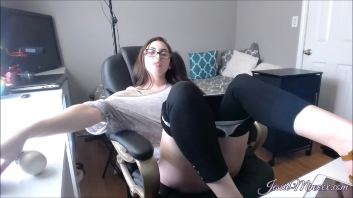 Jessieminx Chair Time