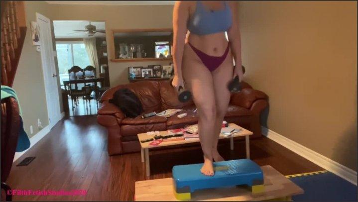 [HD] Mistress Alisha Bartlett Pay To Watch Me Workout - Jimmy Wang - - 00:16:15 | Kink, Muscle Worship, Yoga Pants - 159,3 MB