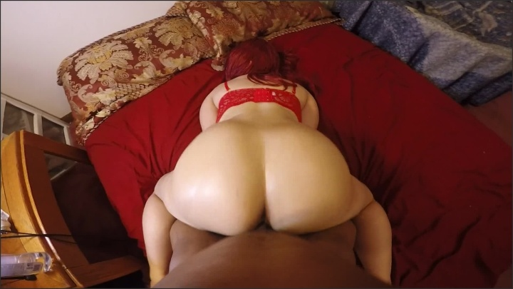 Juicyj1995 Round Booty Chick Get S Fucked Face Down In A Red Bra Perfect Pov