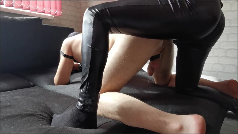 [Full HD] Slave Boy Pegged And Covered In Cum All Leather - KWolfT - -00:17:09 | Babe, Kwolft, Leather - 348,6 MB