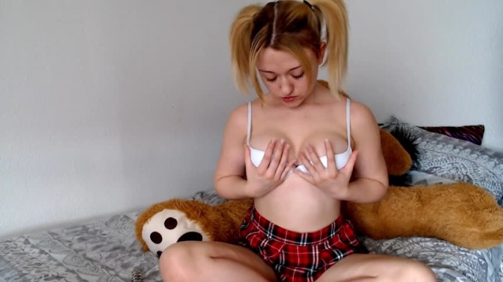 KalliyaRose Sensual Playing For Daddy