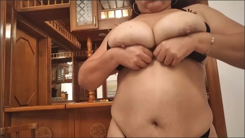 [Full HD] Bbw Goddess Shows Her Big Tits And Big Ass To Her Worshipers  - Kelly Delicious - -00:07:48 | Bbw, Chubby, Ass Worship - 209,5 MB