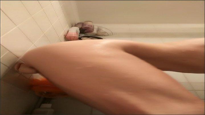 Kinkykatlive Shower Show