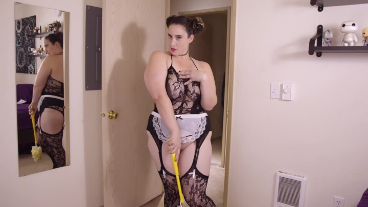 Kitty Leroux Maid For You