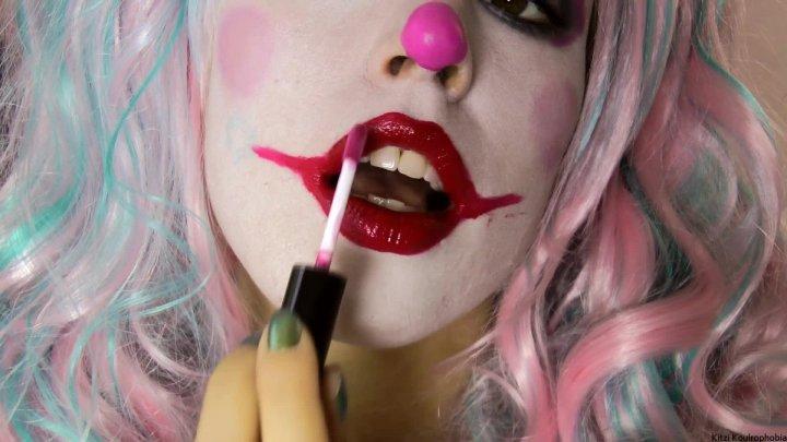 Kitzi Klown Lipstick Lipgloss Clownlips