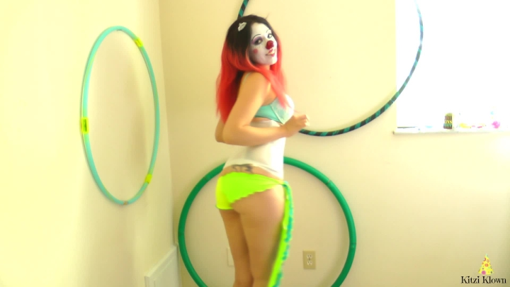 Kitzi Klown Messypants Magic