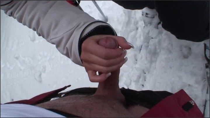 A Hj064 Tingling Snow 00.08.22 720P