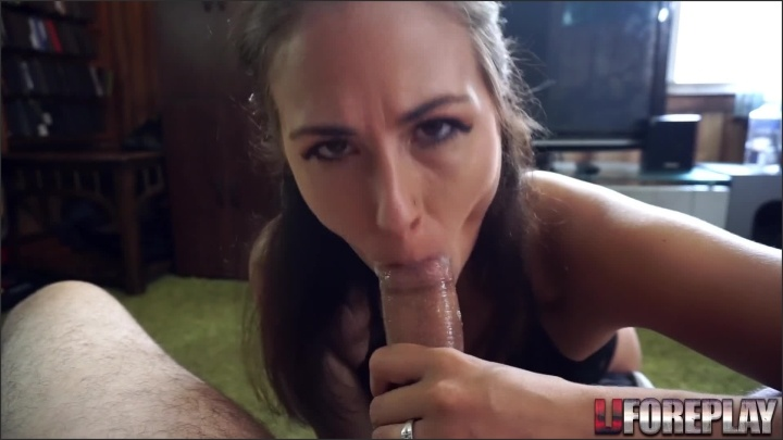 [Full HD] Ljforeplay Hot Mom Rewards Her Sons Coach - Ljforeplay -  - 00:16:06   Swallow, Role Play, Mother - 267,4 MB