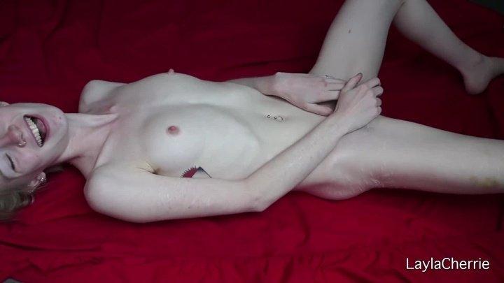 [Full HD] Laylacherrie Au Naturel - LaylaCherrie - ManyVids - 00:05:21   Masturbation, Fingering - 61,3 MB