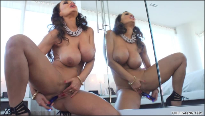 Thelisaann Mirror Mirror On The Wall The Video