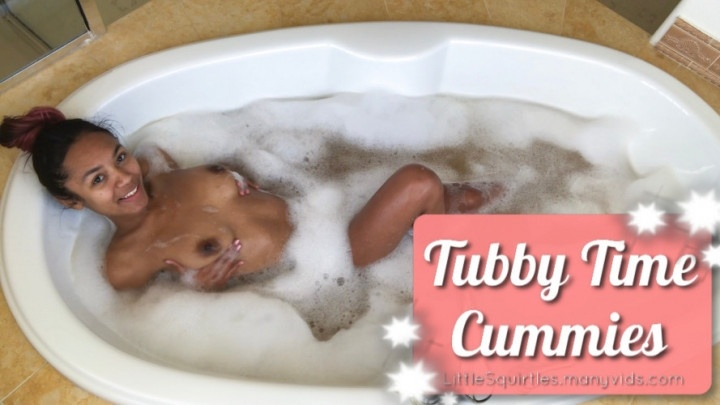 Littlesquirtles Tubby Time Cummies Bathtub Play Time 2