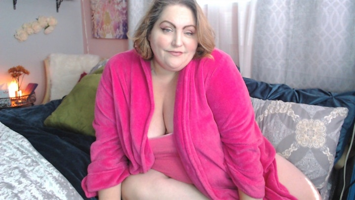 Lusciousrose69 Hairy Pussy Play In A Fuzzy Robe